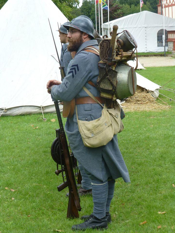 Autour d'une arme ... l'uniforme et l'équipement : quelques exemples 29813610847883102034315170082904541348858220787632n