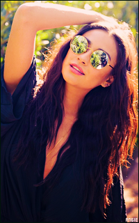 Ma petite galerie des horreurs - Page 10 298672ShayMitchell2