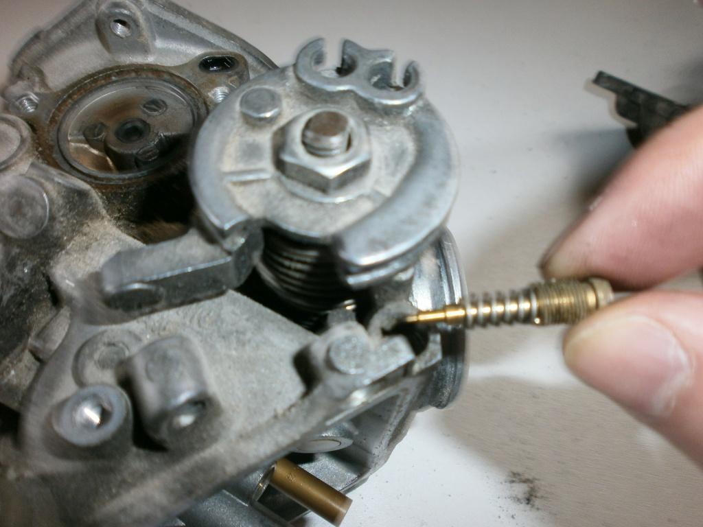 Nettoyage carburateurs de transalp 600 299348P1280005