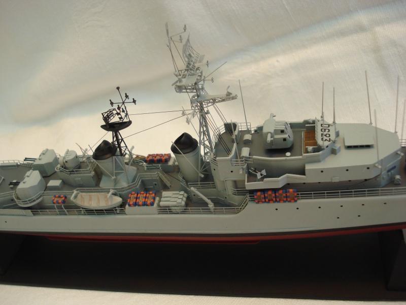Escorteur d'escadre Cassard 1/400e L'Arsenal. 301154DSC04799