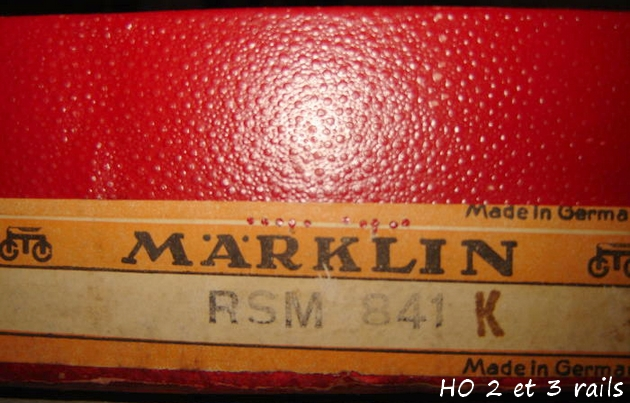 Coffrets Märklin 1936 - 1968 (rouges, noirs, verts ou bleus) 302932MarklincoffretRSM841R