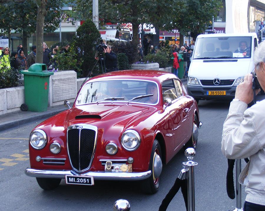 """Bruxelles côté BD  """"Tintin en automobile"""" 303406DSCF6144"""