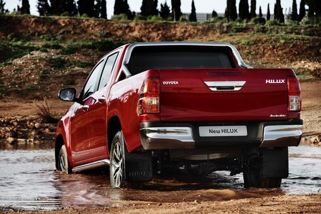 Nouveau Toyota Hilux 308521HILUXExterior31DPL