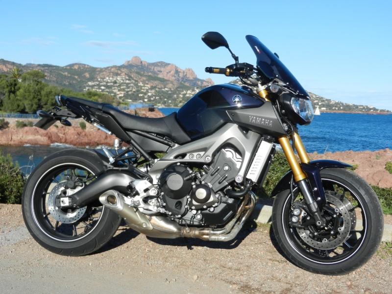 Photos de toutes les Yamaha MT-09 du forum ! :) 309970YMBELL831