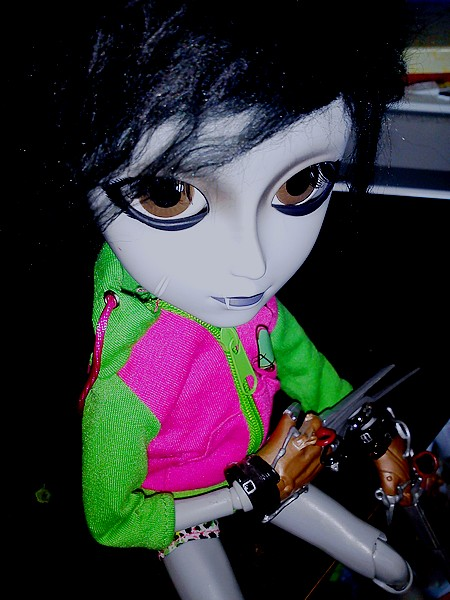 Akemi [Sebastian] & Wally [Edward Scissorhands] 310685Ddd3