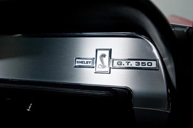mustang shelby 350 GT 1967  au 1/25 de chez AMT/ERTL  310824interieur20