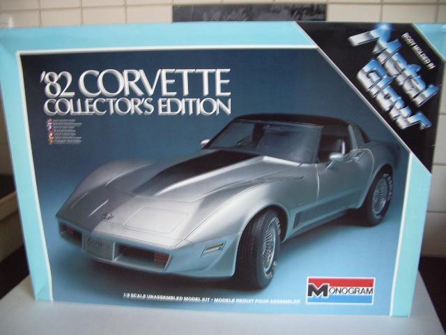 chevrolet corvette 1982 edition collector monogram au 1/8 310961photoscorvettemaquette001