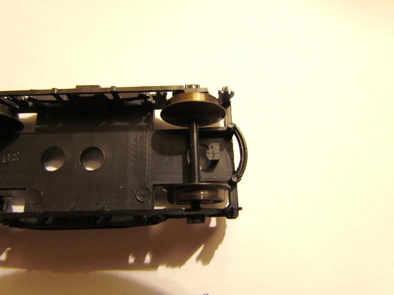 Au secours ! réparation d'un boggie marque LILLIPUT   315402IMG6586