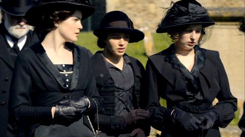 Downton Abbey - Page 4 3186241x01211