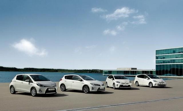 Toyota Motor Europe : Les hybrides dopent Les volumes et la part de marché 3192942012HybridLineupmid