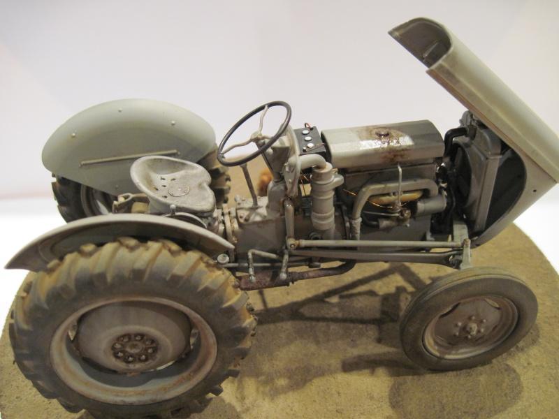Tracteur Ferguson TE-20 319574003