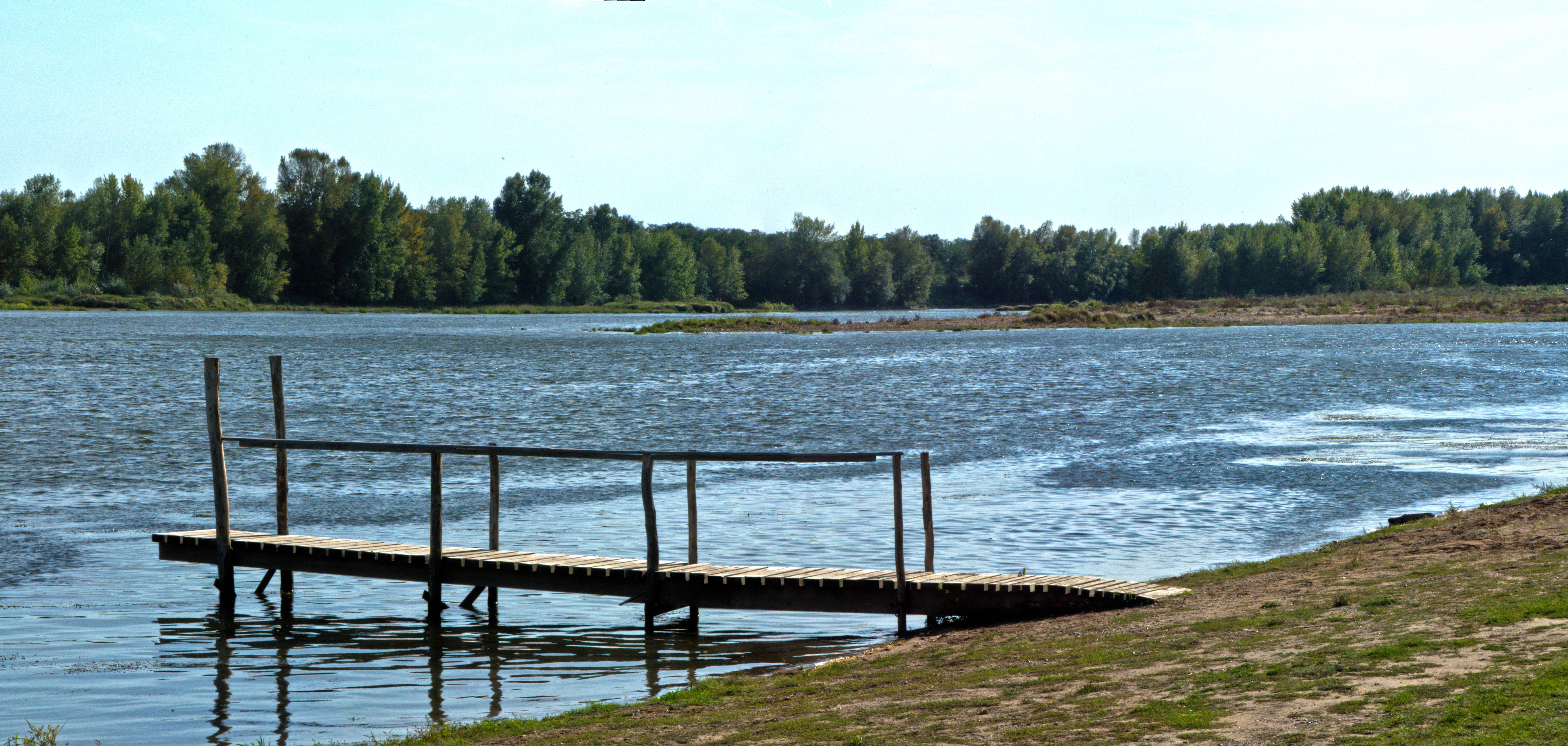 Un ponton sur la Loire 324874pontonloire