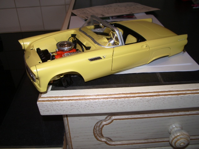 ford thunderbird 1955 au 1/16 de chez amt  326885010