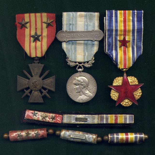 LES DÉCORATIONS AU CHOC 1943-1945. 327381File0001