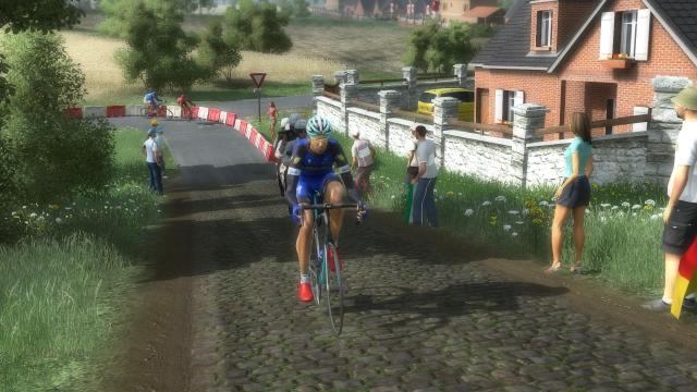 Quatuor UCI - Annonce - Page 7 328300PCM0030