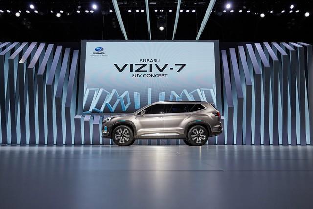 Subaru a dévoilé le concept VIZIV-7 SUV au salon Los Angeles 2016  331805motorshowliveconcept6