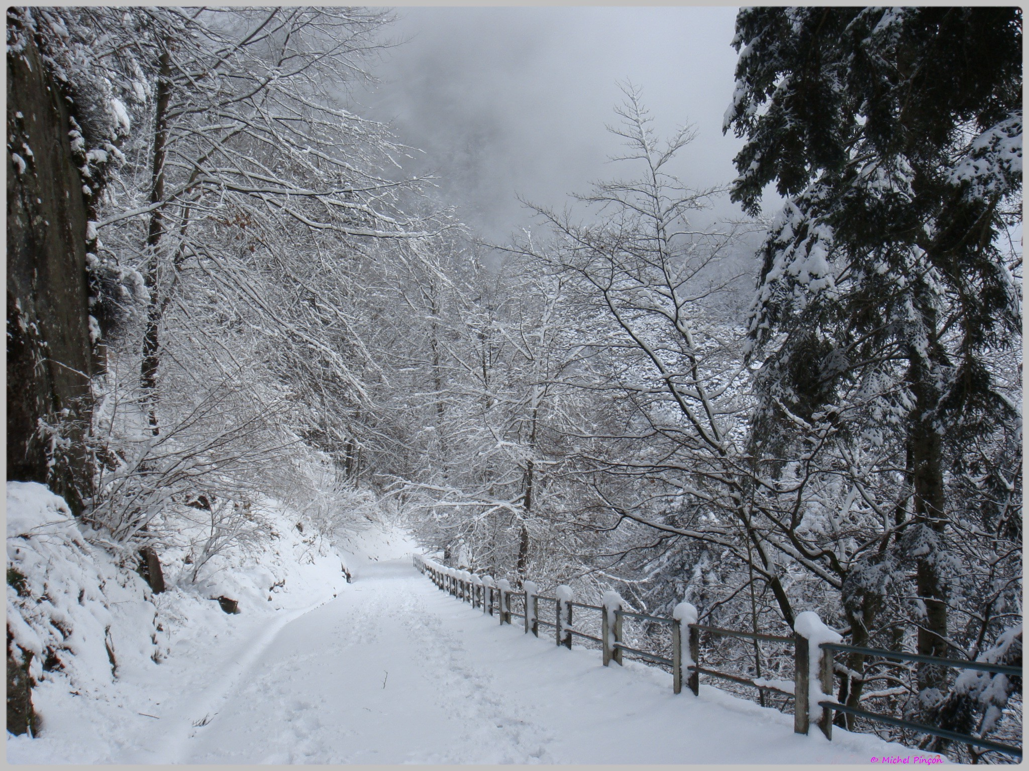 Une semaine à la Neige dans les Htes Pyrénées - Page 2 332700DSC00296