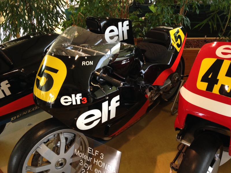 moto ELF 337599IMG3662