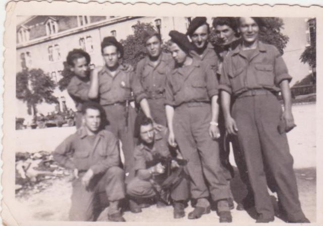 Le Bataillon de Choc 1943/1963. Photos. 340242CasernsVaillant1reCie