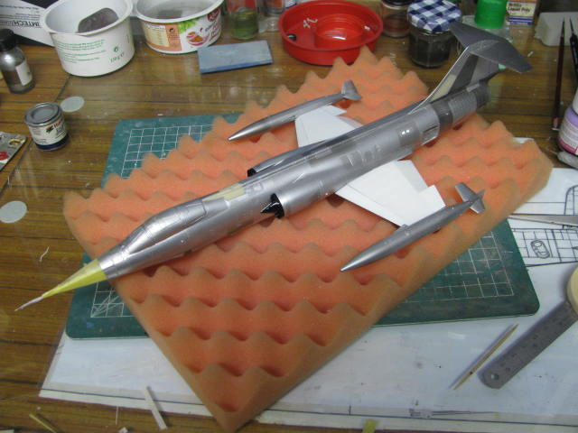 DUO: F-104N (NASA) + F-104G (BAF) Hazegawa 1/48  - Page 2 347535IMG6374