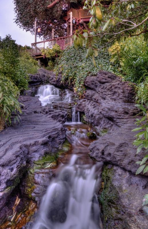Photos de Disneyland Paris en HDR (High Dynamic Range) ! - Page 2 347703CascadeAdventurelandDLPHDR6D