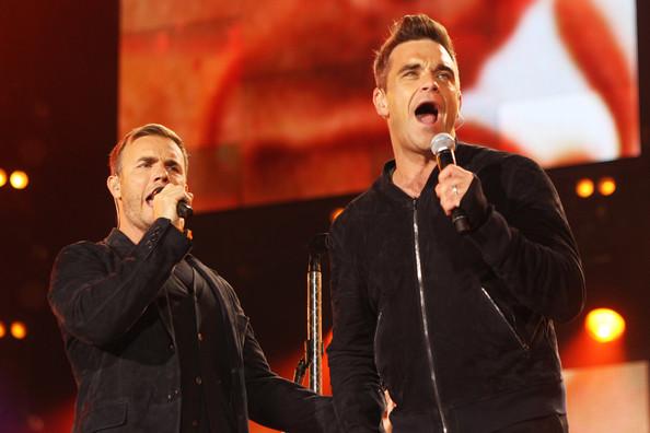 Robbie et Gary au concert Heroes 12-09/2010 349283Gary_Barlow_Heroes_Concert_Show_0tPWgSFP5CAl