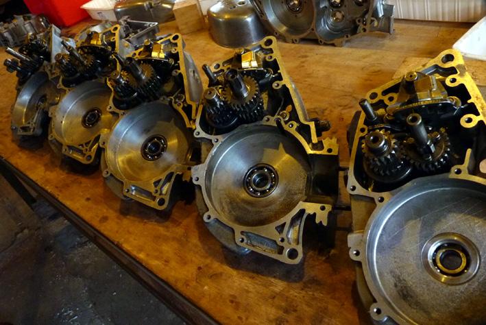 MZ 125 TS changement de roulements d'une MZ 125TS - Page 4 355027P1030389