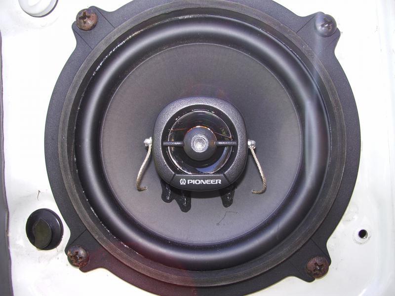 Le Topic des instalions audio dans vos Peugeot 355909IMGP8633
