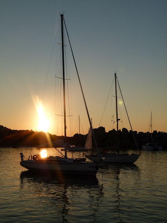 Lever et coucher de soleil en Corse 357282P1100477Lavezzi202