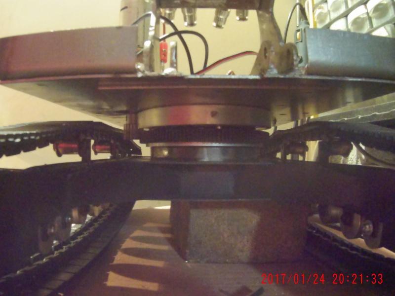 Etudes et réalisation d'une pelle carrière 9100 au 1/14 rétro en base d'une CAT 323 L au 1/10. - Page 9 363818006