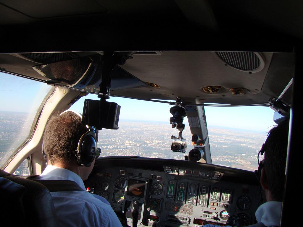 Vol en Cessna 550 CitationII , Cannes-Le Bourget 367222DSC03417