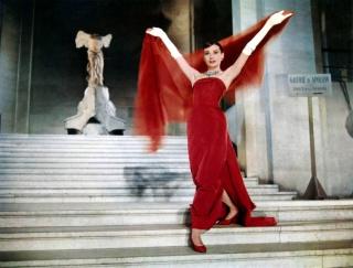 Audrey Hepburn 367592FunnyFacelouvre