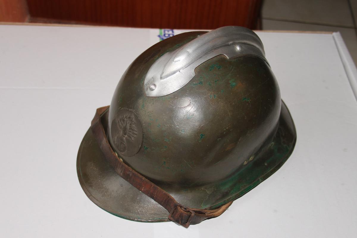 Reçu ce jour... mon premier casque WW2 ! 367974scIMG7987