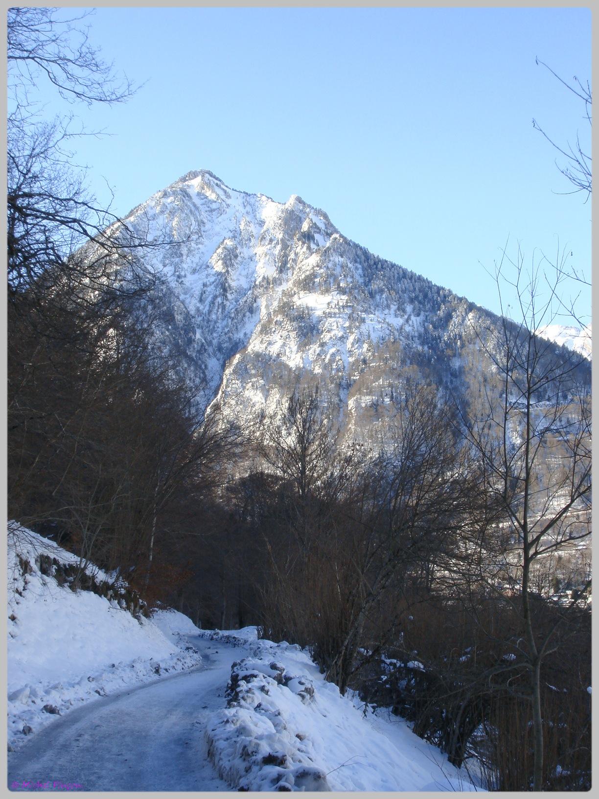 Une semaine à la Neige dans les Htes Pyrénées - Page 2 368313DSC011892