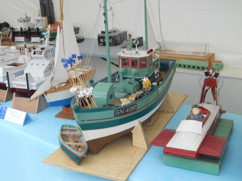 démo de maquettes navigantes sur la place Napoléon à la Roche S/Yon le 31 Mai et le 1er Juin 369023DSCN4023