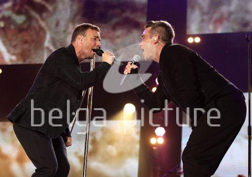 Robbie et Gary au concert Heroes 12-09/2010 36996522293639