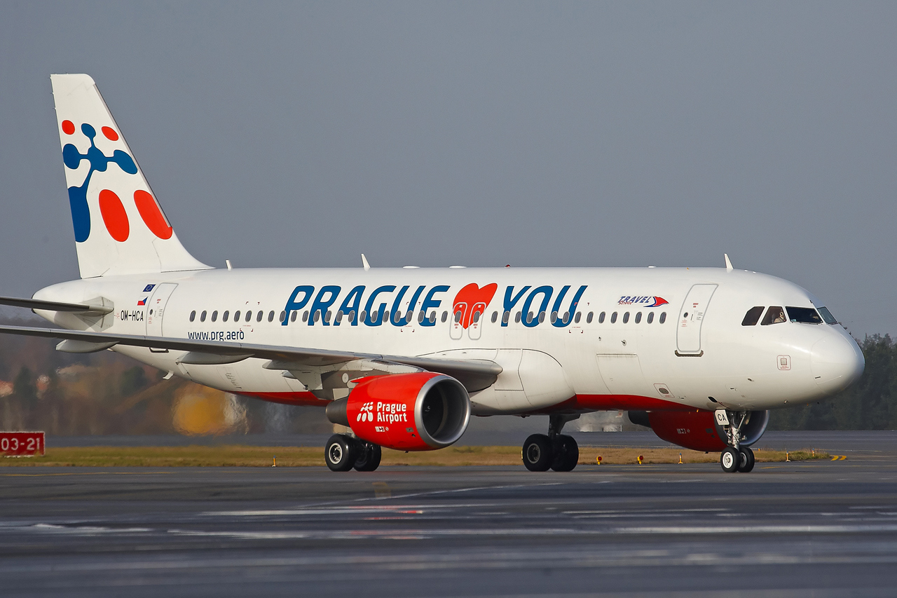 "[22/12/2013] A320 (OM-HCA) Travel Services Slovakia ""Prague loves You"" c/s 370954GRX9510"