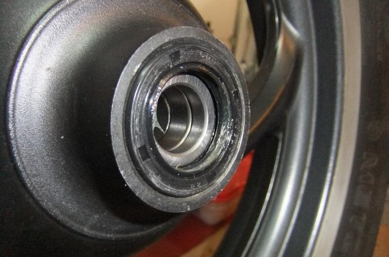 Quatre roulements dans ma roue AV 375502DSCF7890