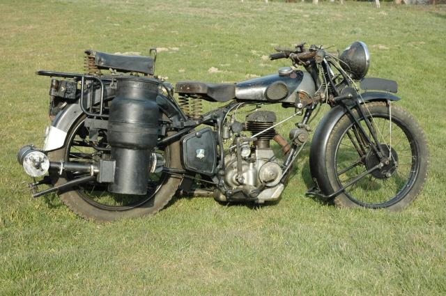 moto Peugeot P112  à gazogène 377001DSC9207