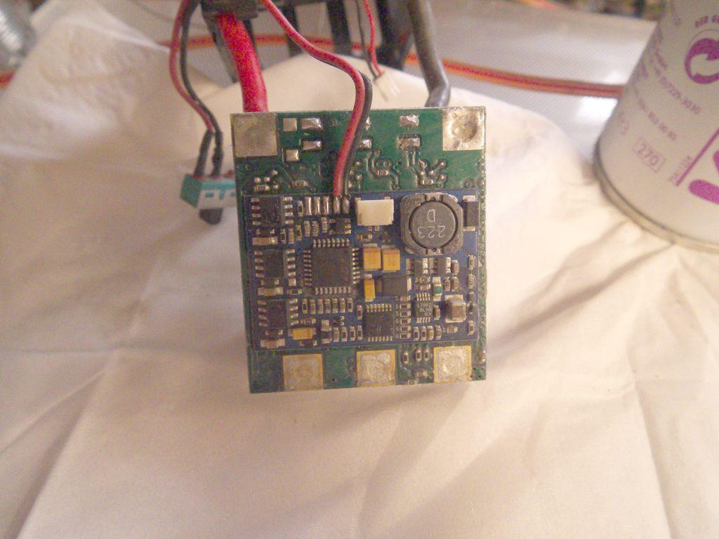 Nettoyer et changer le câble de son controleur Mamba Monster 378702271
