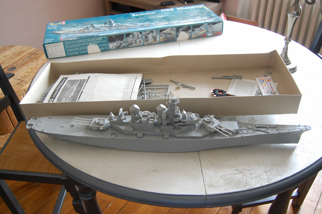 Revell USS Missouri BB-63 par EricAlain 381701Missouri1Copier