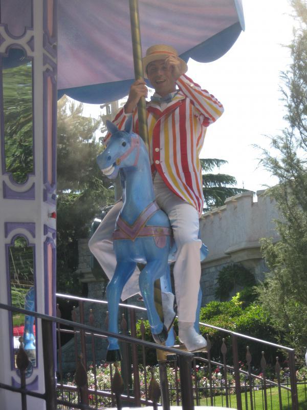 [Disneyland Paris] Séjour de rêve au Disneyland Hotel du 23 au 26 mai 2011 - Page 2 384004IMG3269