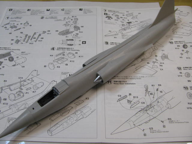 DUO: F-104N (NASA) + F-104G (BAF) Hazegawa 1/48  386088IMG_3357