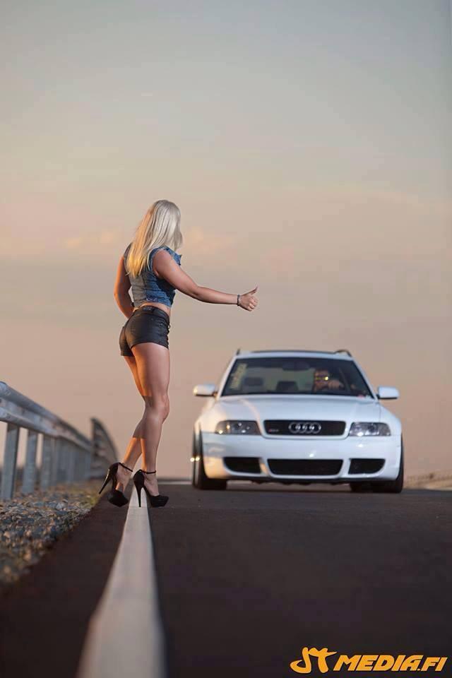 Volkswagen et ses donzelles ... - Page 37 38692813802997006813666260731601268205n