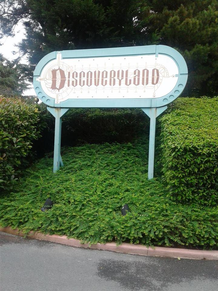 Discoveryland en photos  - Page 2 387933217285448630741771743649137058790828264038n