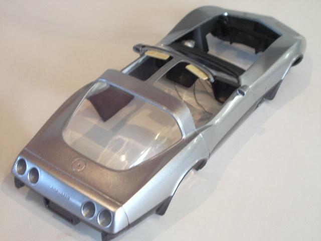 chevrolet corvette 25 th anniversary de 1978 au 1/16 - Page 2 389625IMGP8884