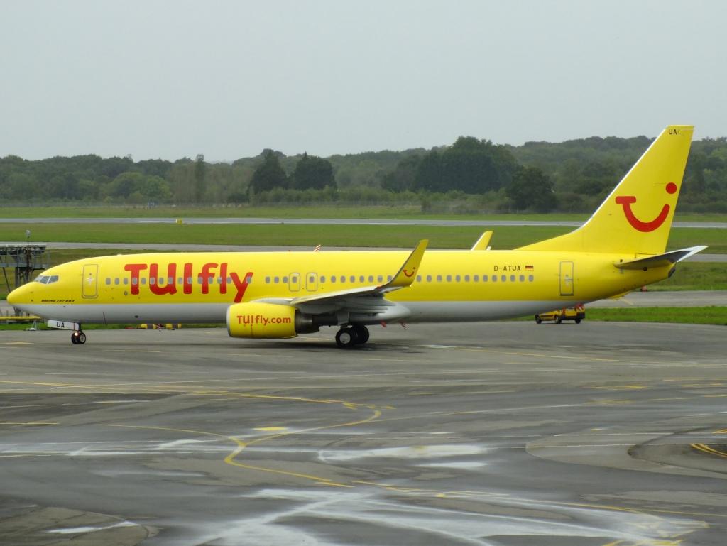 [20/10/2013] B737-800 (D-ATUA) TuiFly en Déroutement !!! 390617Octobren1111