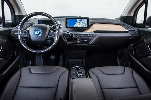 BMW Group au 92e European Motor Show Brussels 391051BMWi32