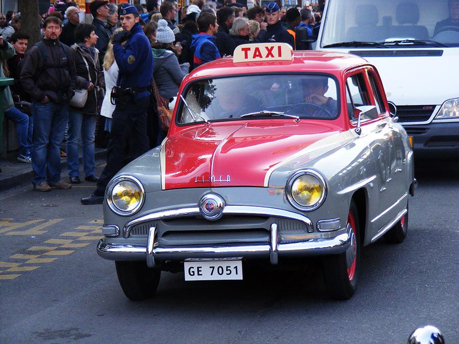 """Bruxelles côté BD  """"Tintin en automobile"""" 392305DSCF6152"""