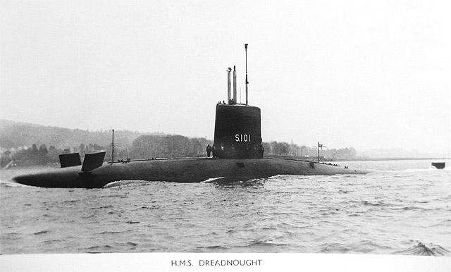 SOUS MARIN NUCLEAIRE D'ATTAQUE HMS DREADNOUGHT 396264HMS_Dreadnought_4